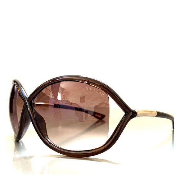 f49b0a19331 Tom Ford Whitney Sunglasses in Brown. M 5bd36556baebf61a0cb5ee84. Other  Accessories ...
